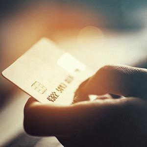 Где можно получить кредитную карту?